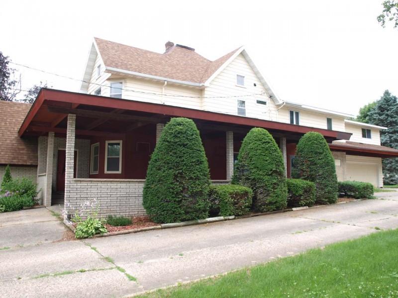 15 house east.jpg